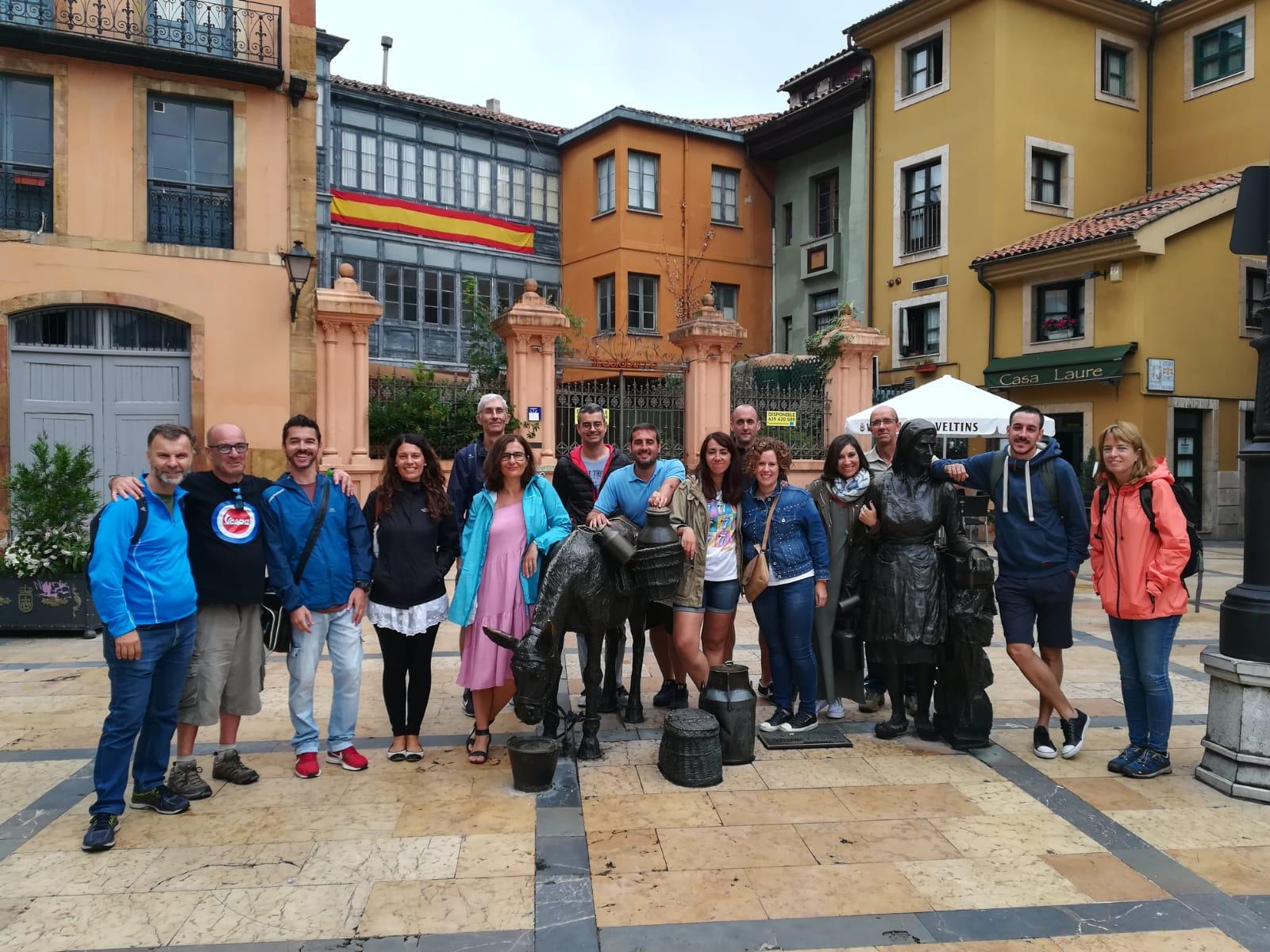Grupo de Faro del Norte en Oviedo